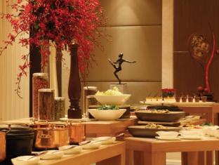 โรงแรมไทรเด้นท์ บันดรา คูร์ลา มุมไบ - บุฟเฟ่ต์