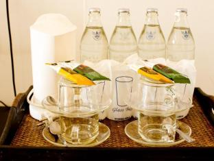 Sinsuvarn Airport Suite Bangkok - In-room Amenities