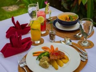 The Bidadari Villas and Spa Bali - Food at The Yubi Restaurant