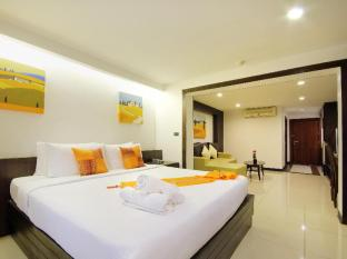 Baywalk Residence Pattaya - Deluxe Double Bedroom