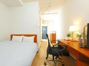 Hotel MyStays Nihonbashi Tokyo - Guest Room