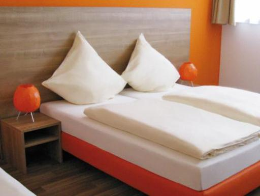 Best guest rating in Neu-Ulm ➦  takes PayPal