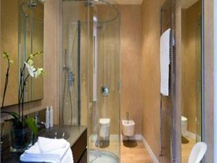 Hotel Ziva Luxury 3 Bedroom Central Seminyak - Kabupaten Badung Bali 80361 Indonesia - Bali