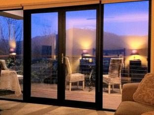 Birches Luxury Spa Chalets Mount Beauty - Balcony/Terrace