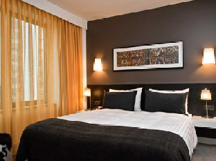 Adina Apartment Hotel Berlin Hauptbahnhof guestroom junior suite