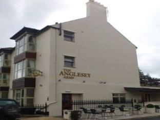 Reviews Anglesey Arms Hotel