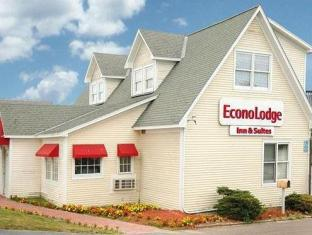Econo Lodge & Suites Hotel