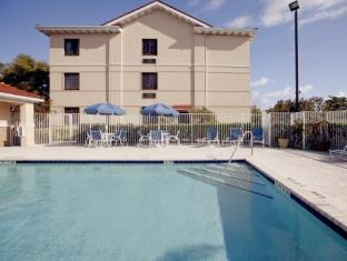Extended Stay Deluxe Orlando Maitland Pembrook Dr. Hotel Orlando (FL) - Swimming Pool