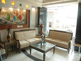 Chanchal Deluxe Hotel New Delhi and NCR - Lobby