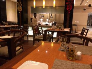 Taj Club House Chennai - Restaurant