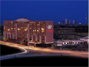 International Plaza Hotel And Conference Centre Toronto - Hotellin ulkopuoli
