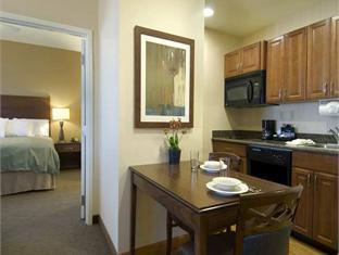 trivago Homewood Suites by Hilton Phoenix North I 17