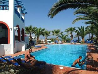 Palm Bay Hotel Sissi - Swimming Pool