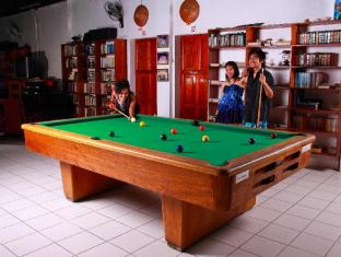Virgin Beach Resort Daanbantayan - Pool Table at Virgin Beach Resort