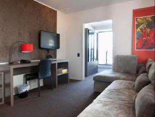 Celestion Waldorf Apartments Auckland - Guest Room