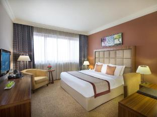 City Seasons Al Hamra Hotel Abu Dhabi - Premium Room