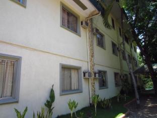 Park Hill Hotel Mactan Cebu City - Hotellet från utsidan