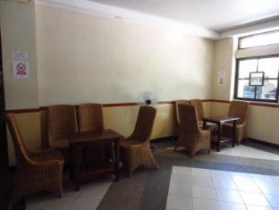 Park Hill Hotel Mactan Cebu - Lobby