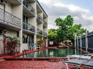 Cairns Holiday Lodge3