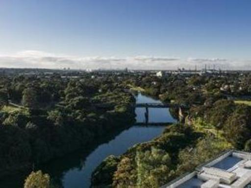 Meriton Serviced Apartments Parramatta hotel accepts paypal in Sydney