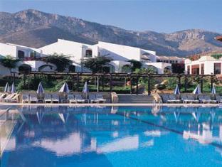Dedeman Olive Tree Hotel Kyrenia - Swimming Pool