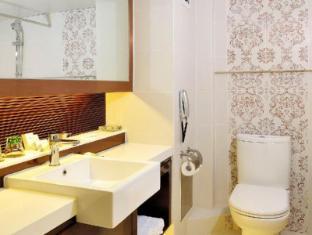 โรงแรมเมโทรโพล มาเก๊า - ห้องน้ำ