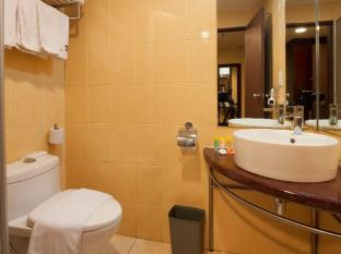 Gaya Centre Hotel Kota Kinabalu - Bathroom-Studio Suite