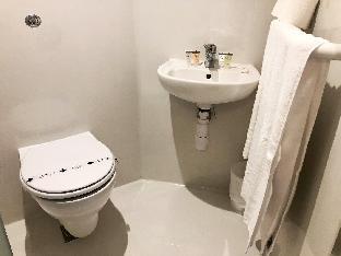 Private Ensuite - Apartment 3C
