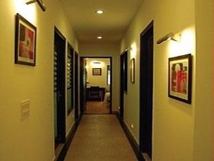 Chalet Hotel New Delhi and NCR - Corridor