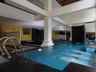Ansino Bukit Hotel Phuket - Swimming Pool