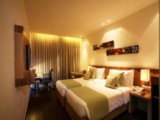 Shervani Nehru Place New Delhi and NCR - Guest Room
