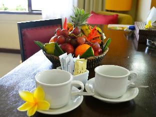 booking.com Nirmala Hotel & Resort