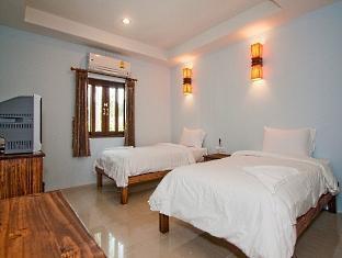Baan Busaba Hotel guestroom junior suite