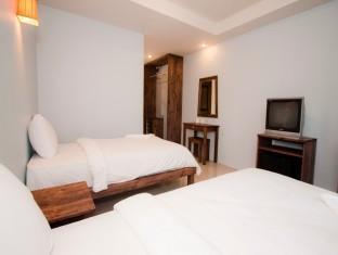 Baan Busaba Hotel discount