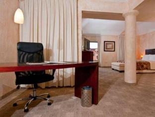 Best PayPal Hotel in ➦ Santa Cruz: Hotel California