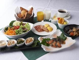 Hotel Sunroute Plaza Shinjuku Tokyo - Food and Beverages