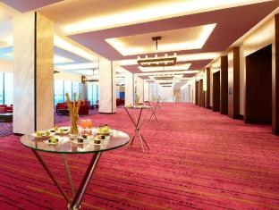 Four Points By Sheraton Kuching Hotel Kuching - notranjost hotela