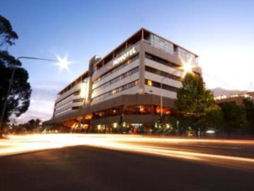 Novotel Hotel in ➦ Canberra ➦ accepts PayPal