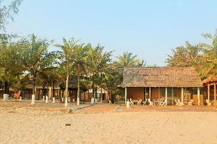Tam Thanh natural beach Resort.