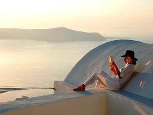 Sun Rocks Boutique Hotel – Santorini 3