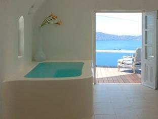 Sun Rocks Boutique Hotel – Santorini 4