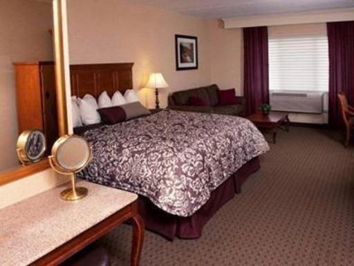 ➦  Choice Hotels    (South Dakota) customer rating