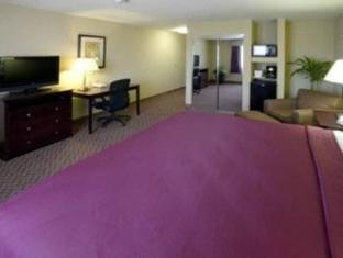 booking.com Best Western Plus Burleson Inn and Suites