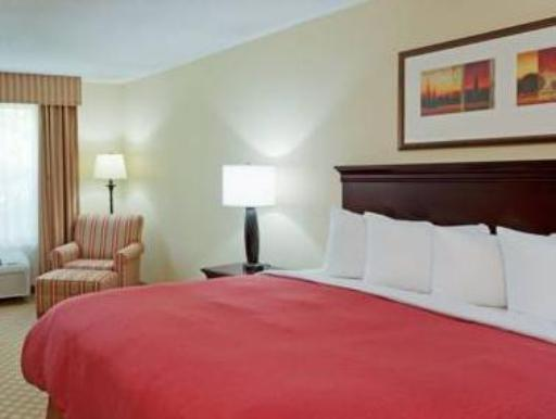 Country Inn & Suites By Carlson Doswell Kings Dominion VA hotel accepts paypal in Doswell (VA)