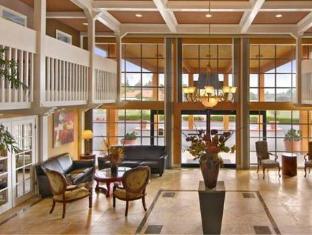 Courtyard Inn - North Highlands, CA
