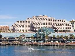 Novotel Sydney on Darling Harbour Hotel
