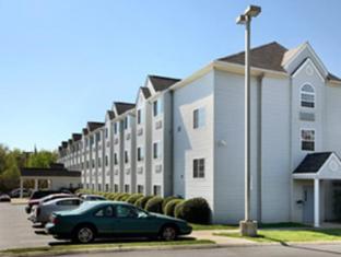 Microtel Inn & Suites by Wyndham Winston Salem