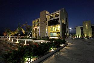 Hotel The Grand Daksh Somnath