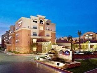 expedia SpringHill Suites Phoenix Glendale Sports
