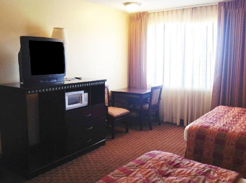 Americas Best Value Inn Kettleman City - Kettleman City, CA 93239